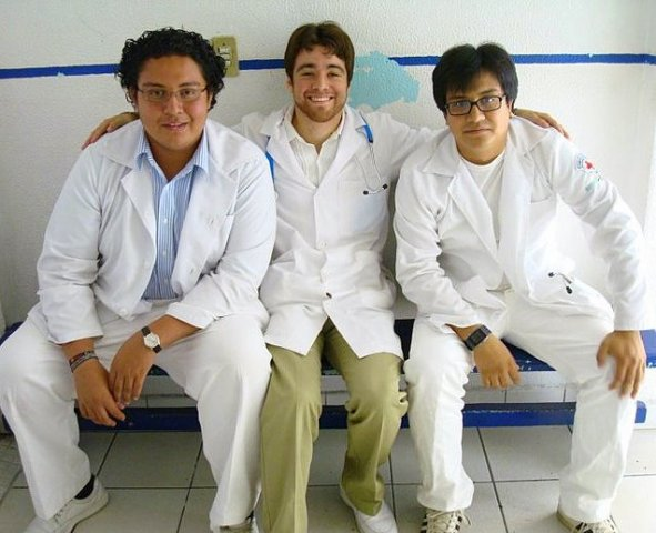 image cfhi-student-in-mexico-with-local-staff-jpg